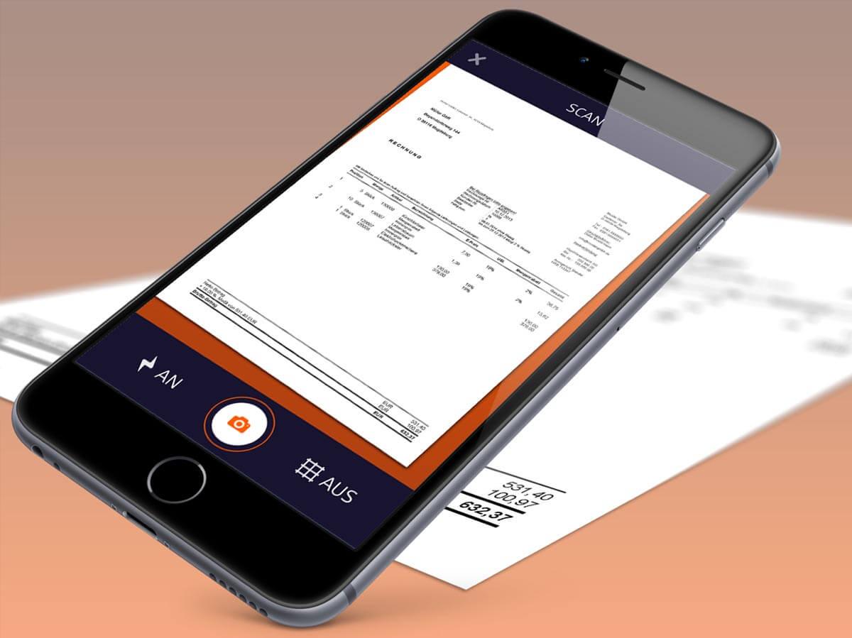 DISDAR GmbH's Rechnungs App auf Iphone mit Rechnung im Hintergrund