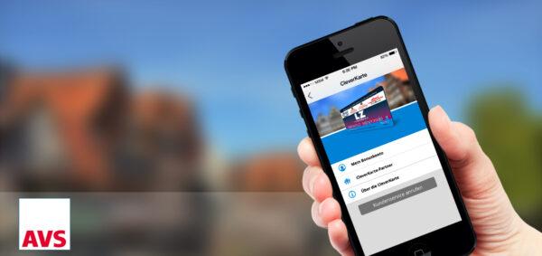 LZ plus App auf Iphone in einer Hand